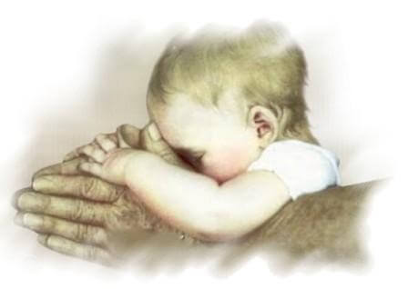 おじいちゃんの手と赤ちゃん