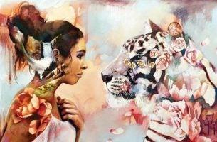 花色の女性と虎