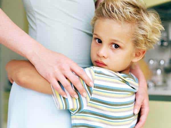 過剰育児:子供を破壊する新しい傾向
