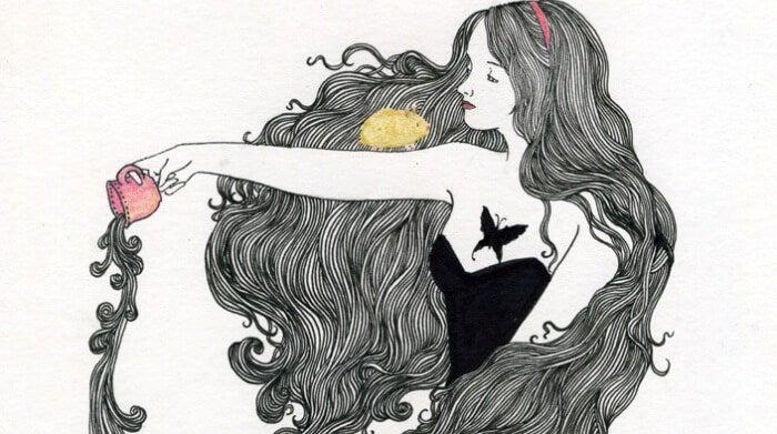 髪の長い女性