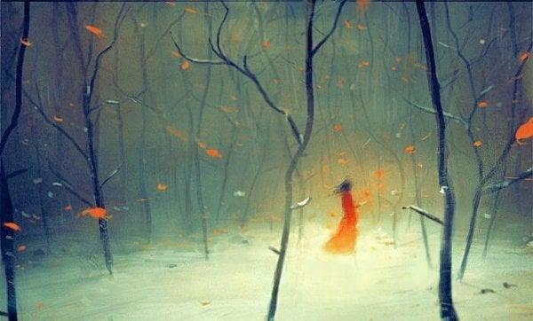 森を歩く赤い服の女性