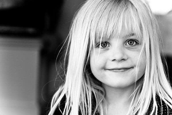 親の承認と愛情:子供への一番の報酬