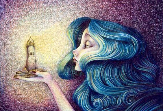 灯台を手にする女性