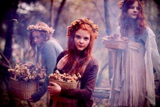 森の中の三人の少女