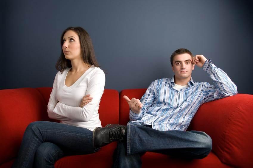 喧嘩するカップル