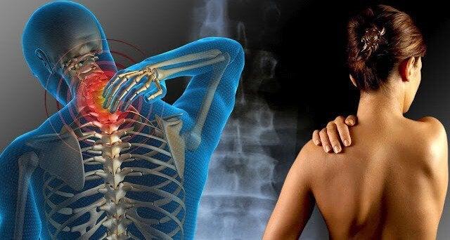 首や肩の痛み