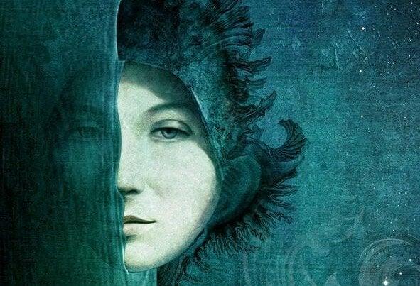 夜空と海に浮かぶ女性の顔