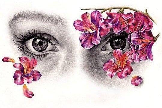 目の周りに映る花