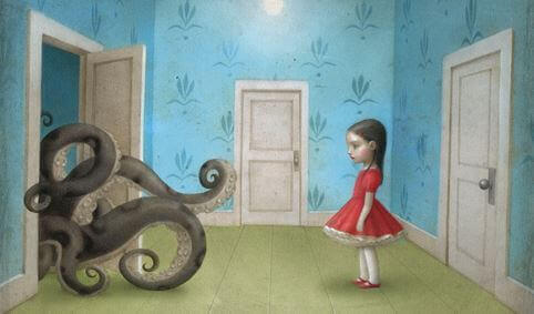 ドアから伸びるタコの足と女の子