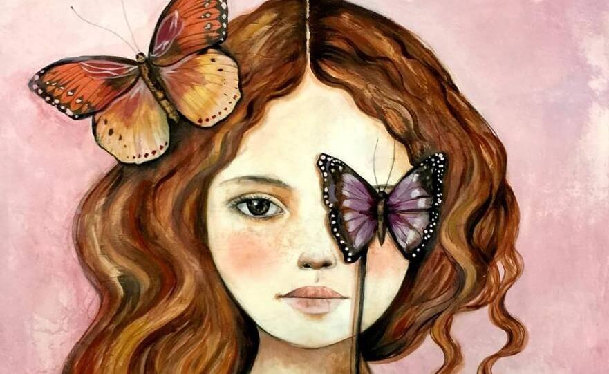 蝶で片目を隠す女の子