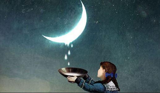 月のしずくを集める少女