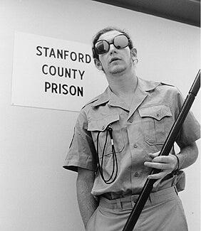 スタンフォード監獄実験