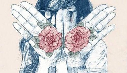手のひらに花