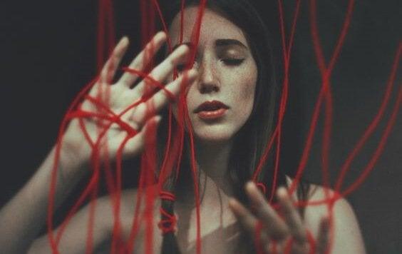 偽りの愛:真の愛でないことを見極める方法