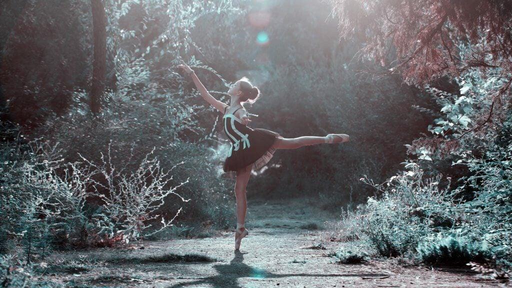 森の中のバレリーナ