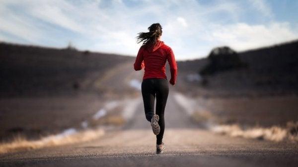 アドレナリン:行動と活性のホルモン
