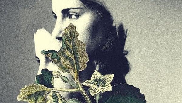 悲しい女性と花