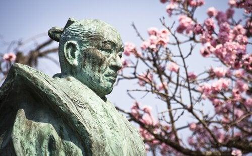 老侍に学ぶ:挑発に対処する適切な方法