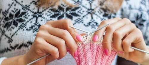 編み物と心の健康:編み物がもたらす6つの効果
