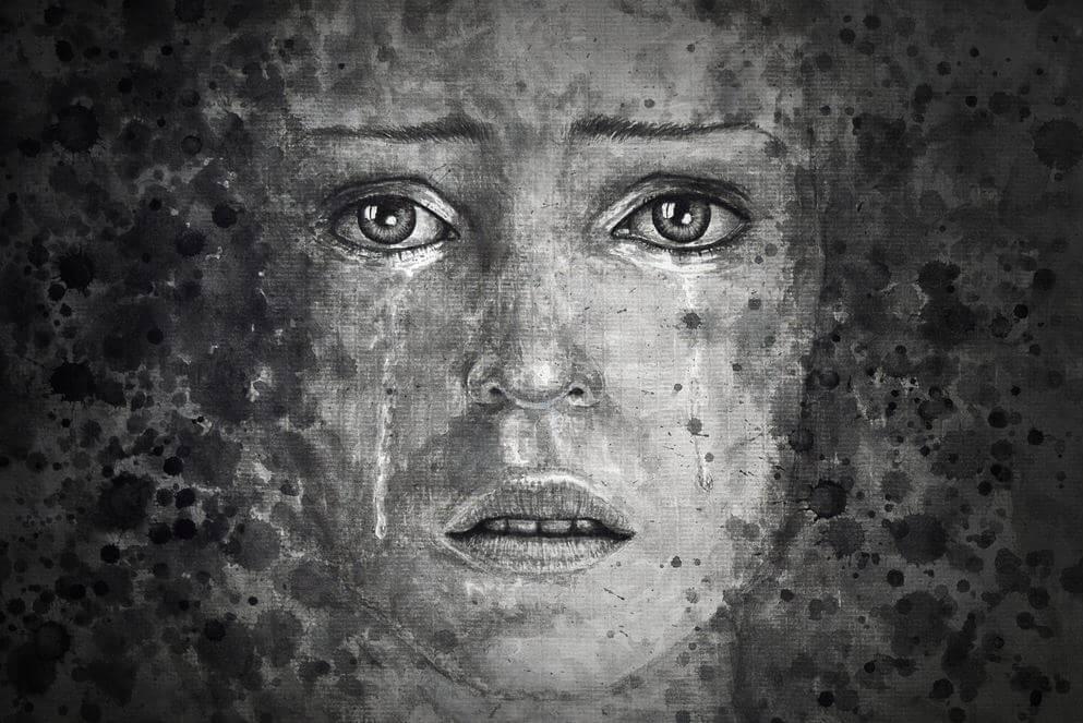 白黒の女性の顔
