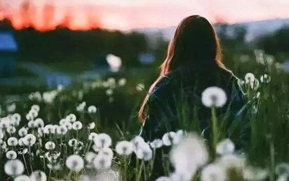 もうあなたを愛していないことを忘れかけていた