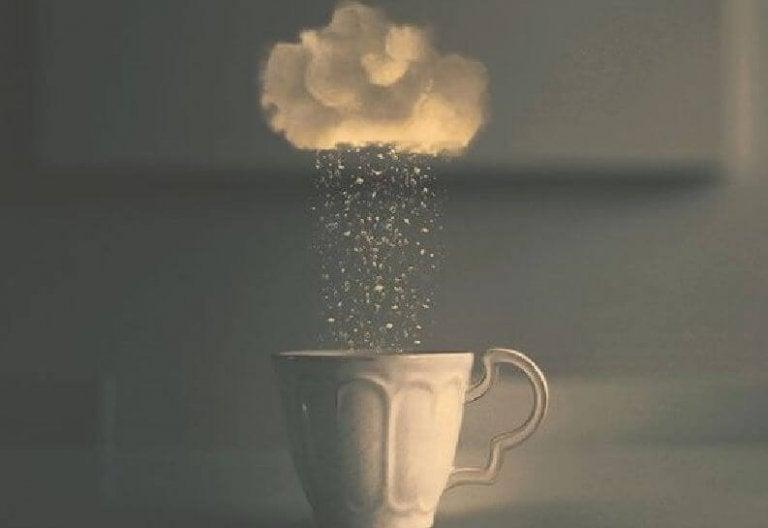 コーヒーから雲