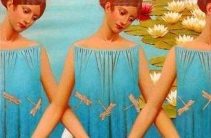 女性と湖とトンボと花