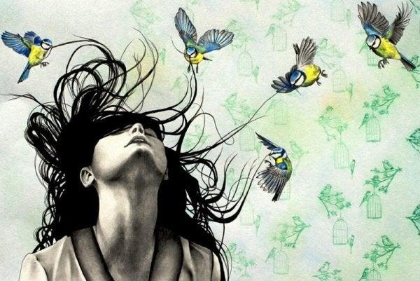 女性と小鳥たち