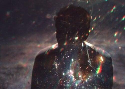 キラキラ輝く星と男性
