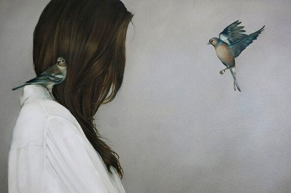 小鳥と女性