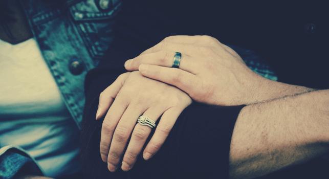 既婚カップル