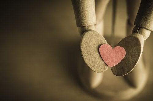 思いやりは心を開き幸せにしてくれる