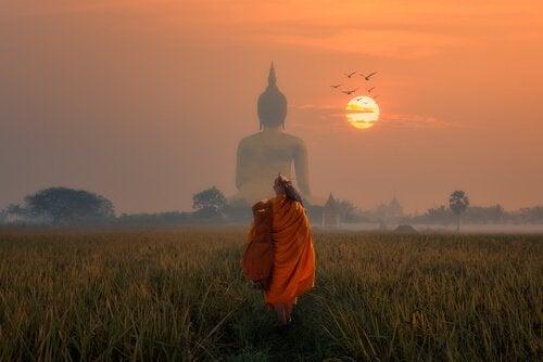 苦しみから解放されるための仏教心理学