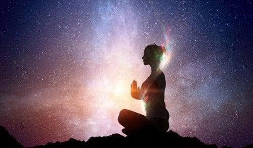 内面の光を輝かせる東洋の知恵