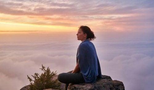 パブロ・ネルーダと静寂:優しさと繋がる芸術