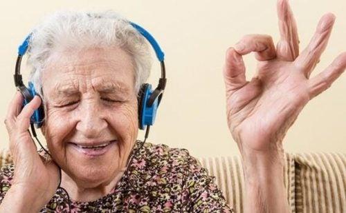音楽とアルツハイマー:感情を呼び覚ます