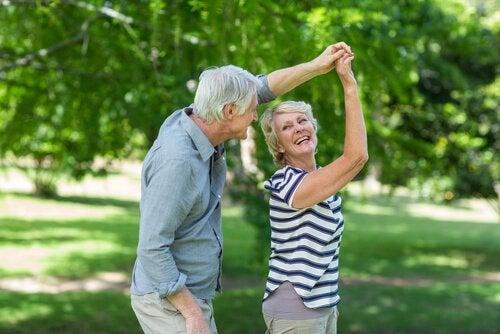 ダンスで脳の加齢に対抗