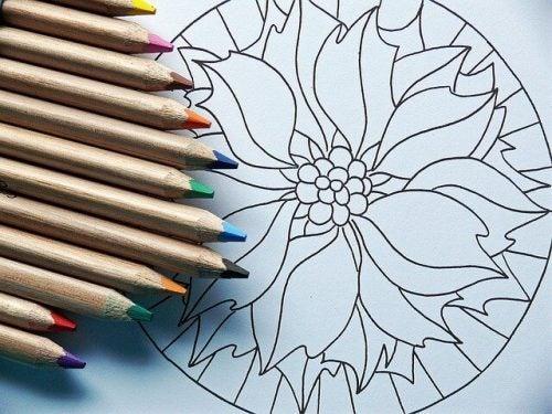 マンダラと鉛筆