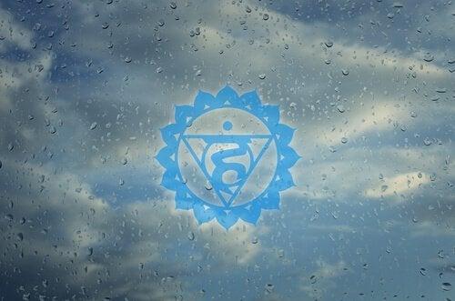 青いシンボル