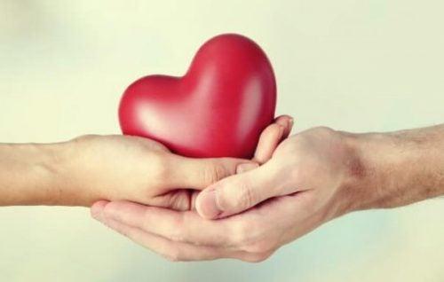 交際関係における与える人と受けとる人