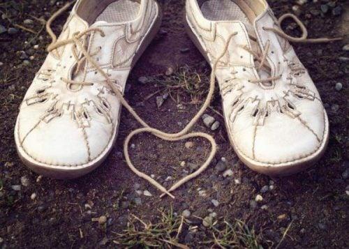 ハートと靴