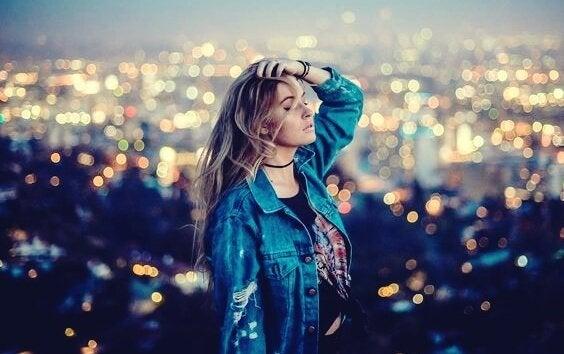 サバンナ幸福論:一緒にいたくない人といるくらいなら孤独を選ぶ