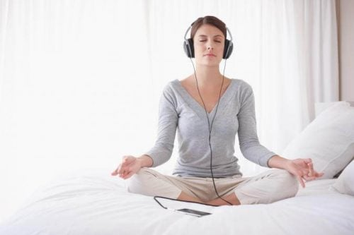 音楽を聴きながら瞑想