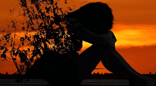 慢性的な悲しみと気分変調症