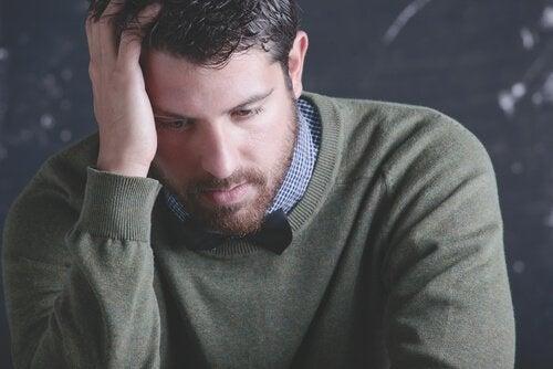 ストレスを感じる先生:教育者への配慮