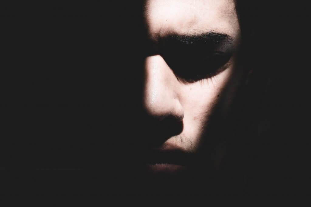 心的外傷後ストレス障害の治療とは