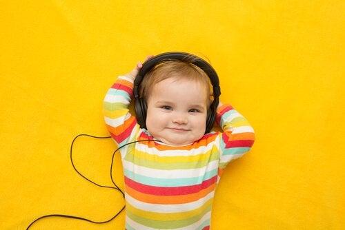 音楽は子どもの頭を良くする?