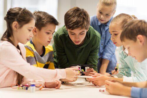 ヴィゴツキー、ルリヤ、レオンチェフ:教育界における革命