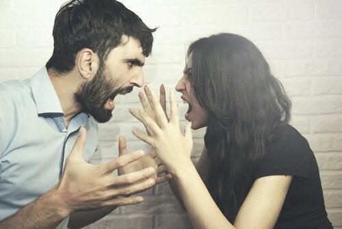 恋愛における権力争いの重要性