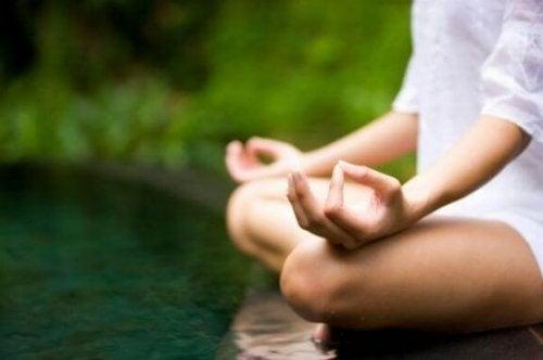 瞑想がどのように日々の生活を高めるか